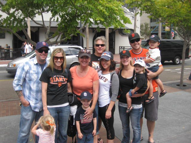 The fam...and the back of bears head!